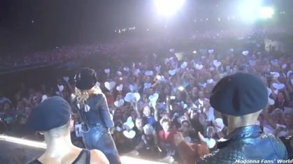 Madonna - MDNA Tour: Video - Madonna thanks Fans in Oslo, Norway - August 15, 2012