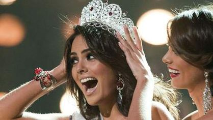 miss-Univers-2010-Jimena-Navarrete-Mexique-couronne.jpg