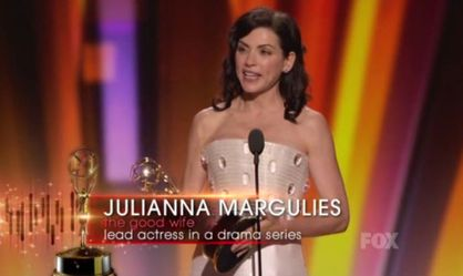 emmy-2011-julianna-margulies.JPG