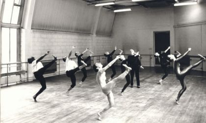London Contemporary Dance theatre rehearse at The Place