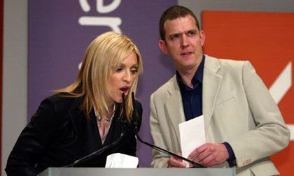 History of Television: Madonna presenting Turner prize on C4 in 2001