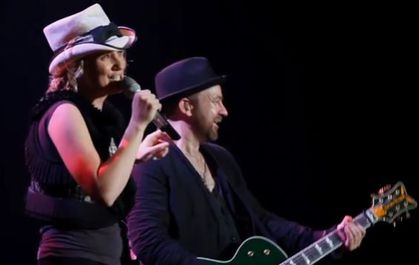 Sugarland and Little Big Town cover Madonna's ''Like A Prayer''