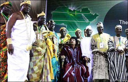 Qaddafi-meets-with-over-200-African-traditional-rulers-to-u.jpg
