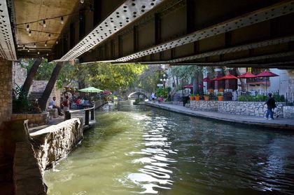 001RiverWalkSanAntonio