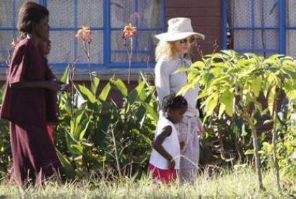 Photos: Madonna at Mphandula child care centre, Malawi - April 8, 2010