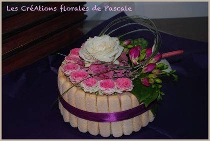 Anniversaire r cr ation florale blog d 39 art floral - Comment faire composition florale avec mousse ...