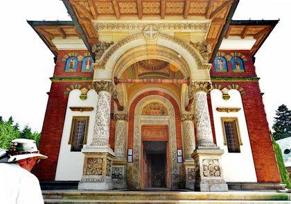 Sinaia Monastery 04