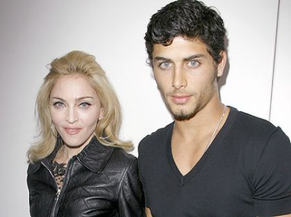 Madonna and Jesus to go to Lourdes in France on August 16, 2010