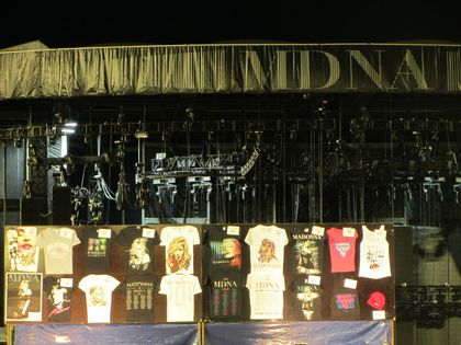 Madonna - MDNA Tour: Fans pictures after the show in Gothenburg, Sweden - July 04, 2012