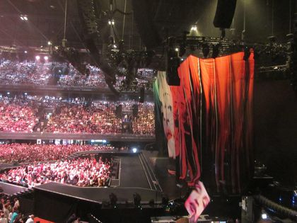 Madonna - MDNA Tour: Fans report from the show in Amsterdam, Netherlands - July 07, 2012