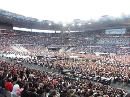 Madonna - MDNA Tour: Stade de France was NOT empty!