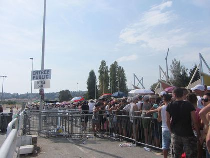 Madonna - MDNA Tour: Fans pictures before the show in Nice, France - August 21, 2012