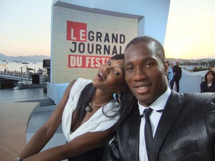 didier drogba et naomi campbell cannes 2010 Canal + www.legrigriinternational.com