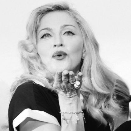 Madonna puts faith in her true blue fans