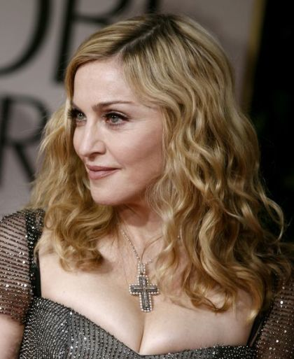 Madonna at 2012 Golden Globe Awards: Red Carpet Photocall
