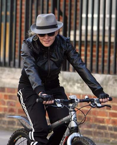 Madonna going to Abbey Road Studios in London - April 8, 2011