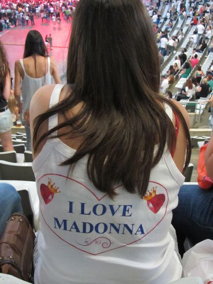 Madonna - MDNA Tour: Fans at the show in Barcelona, Spain