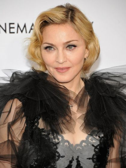 Dancer: Madonna is ''bringing gay to the Super Bowl''