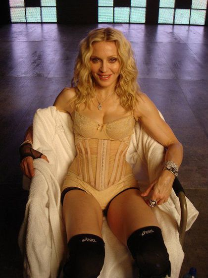 Madonna - Outtakes: Celebration, 4 Minutes, Vuitton, Vanity Fair