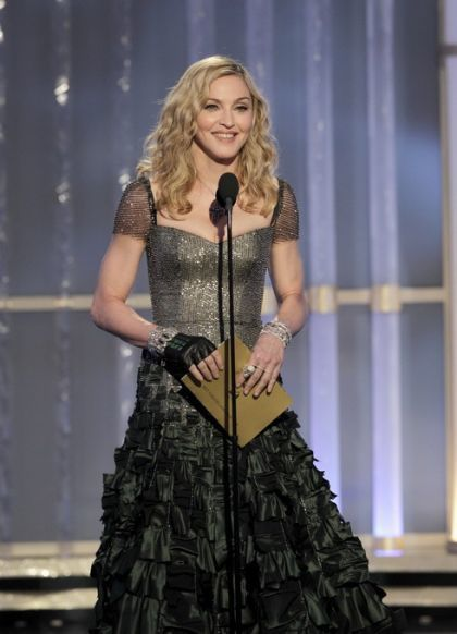 Madonna presents the Golden Globe for Foreign Film