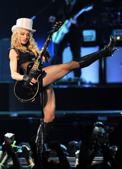 Music Review: Madonna - Sticky & Sweet Tour