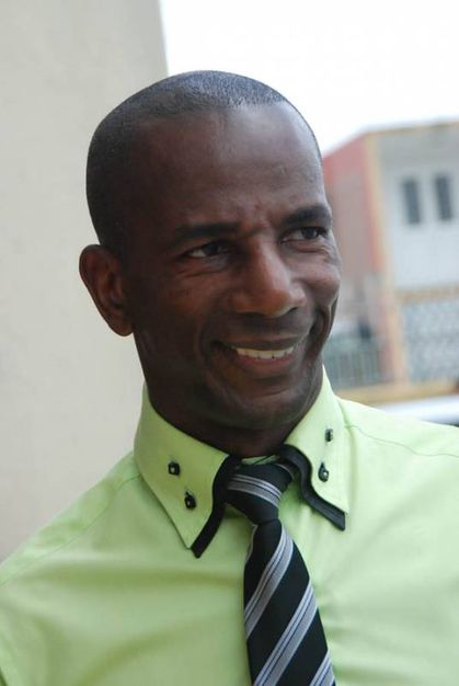 bruno-nestor-azerot-depute-martinique-2012.jpg