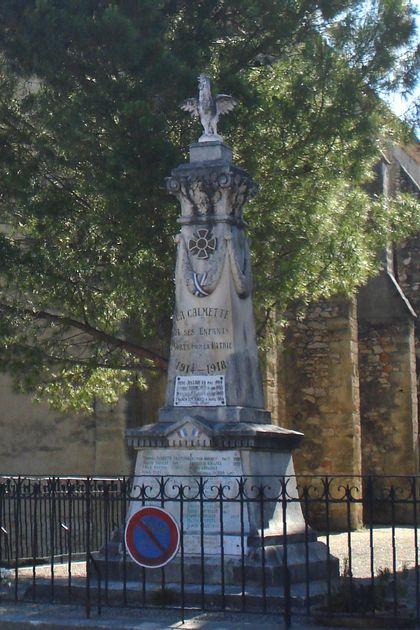 La_Calmette_monument_aux_morts.jpg
