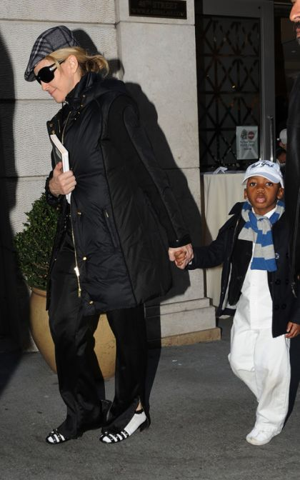 Madonna and family leaving the Kabbalah Centre in NY on January 23, 2010