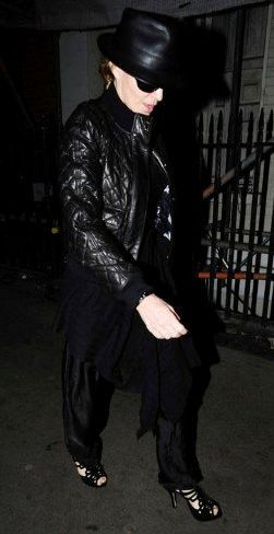Madonna and Lourdes leaving a music studio in London - Feb. 24, 2011