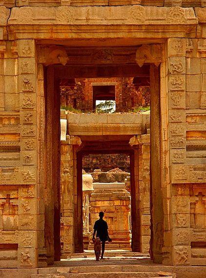 Hampi lost temple in hampi