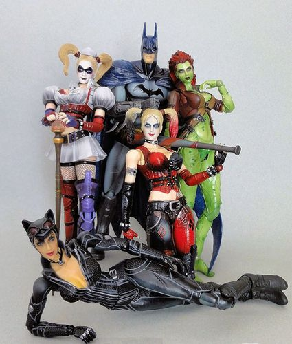 PLAYARTS BATMAN GIRLS