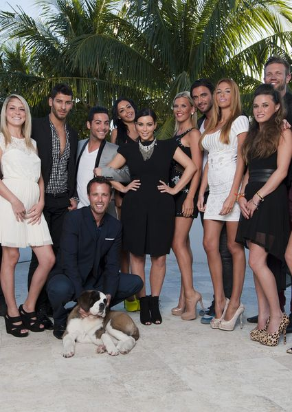 http://img.over-blog.com/425x600/0/00/74/35/00011g/e/LES-ANGES-ET-KIM-KARDASHIAN-MD.jpg