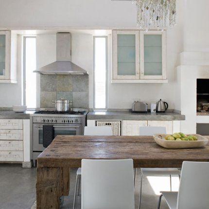 table rustique et pampilles a part a. Black Bedroom Furniture Sets. Home Design Ideas
