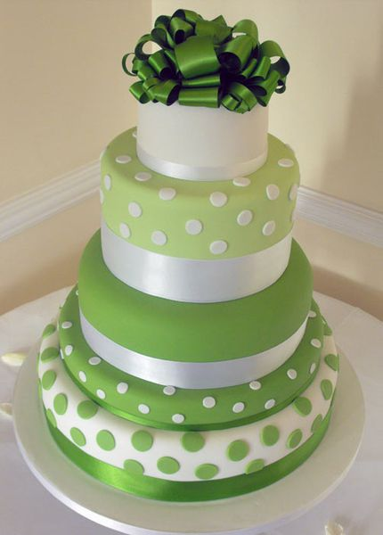 green-wedding-cakes1