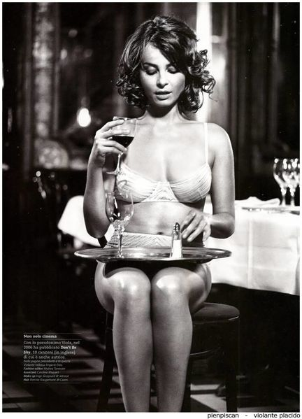 violante-placido-gq-italy-dec-2009-2
