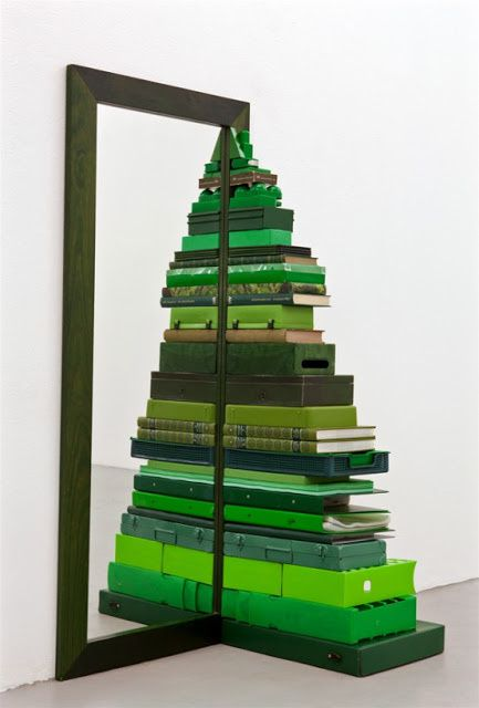 cool-christmas-tree-alternatives14-554x818.jpeg