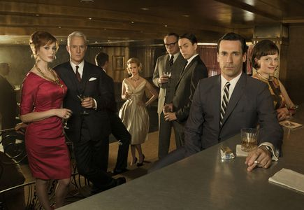 Mad-Men-is-back-for-season-four_gallery_primary.jpg