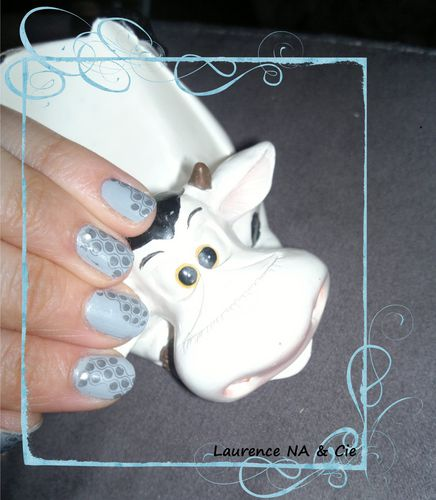 SinfulColors coolGray NA2