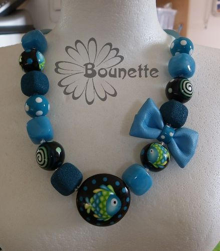 collier-court-noeud-turquoise.jpg