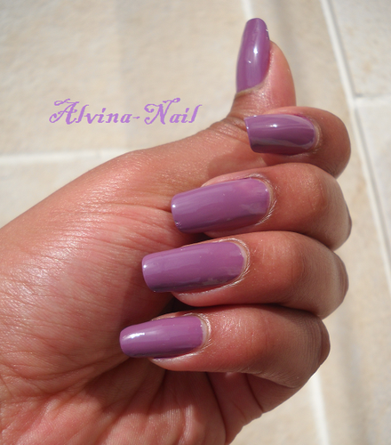 yves-rocher-mauve-poudre-23-4-Alvina-Nail.png