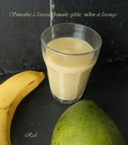 smoothie-a-l-avocat-et-4-fruits2.jpg