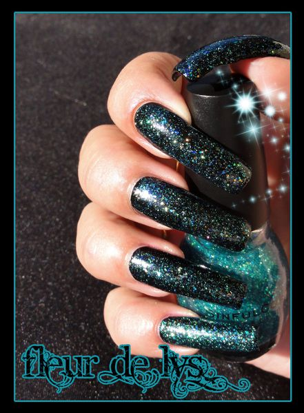 Sinful Colors Nail Junkie + black