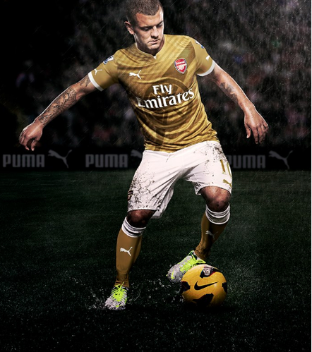 Arsenal-Puma-Gold-copie-1.png