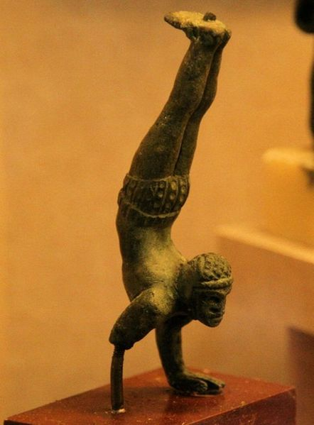 Musée Rolin75 - Acrobate [1024x768]