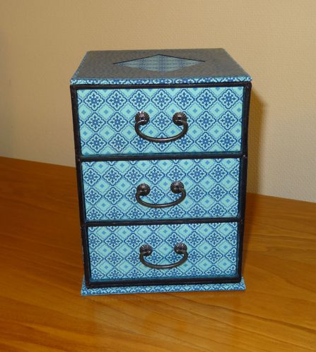commode-bleue-Claudine.JPG