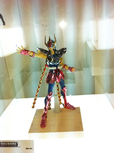 phoenix-v1-myth-cloth-tamashii-features2