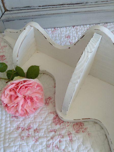 etag re patin e blanc patine et gaufre blog d coration de charme. Black Bedroom Furniture Sets. Home Design Ideas