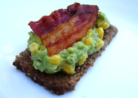 Canapes-Avocat-Mais-Bacon-2.JPG