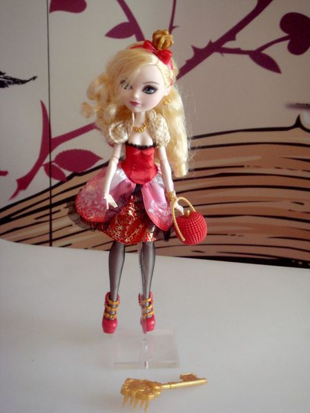 ever after high-the doll