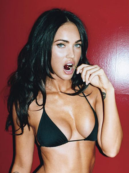megan-fox-gq-magazine-photoshoot-outtakes-lq-08